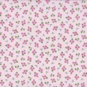 1433_P-Alisons-Ditzy-Floral-Fleurs-roses-sur-fond-rose.jpg
